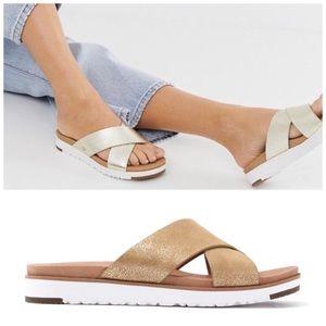 UGG • Kari Slide Sandal in Metallic Gold